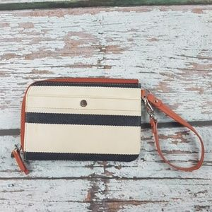 Fossil clutch travel wallet